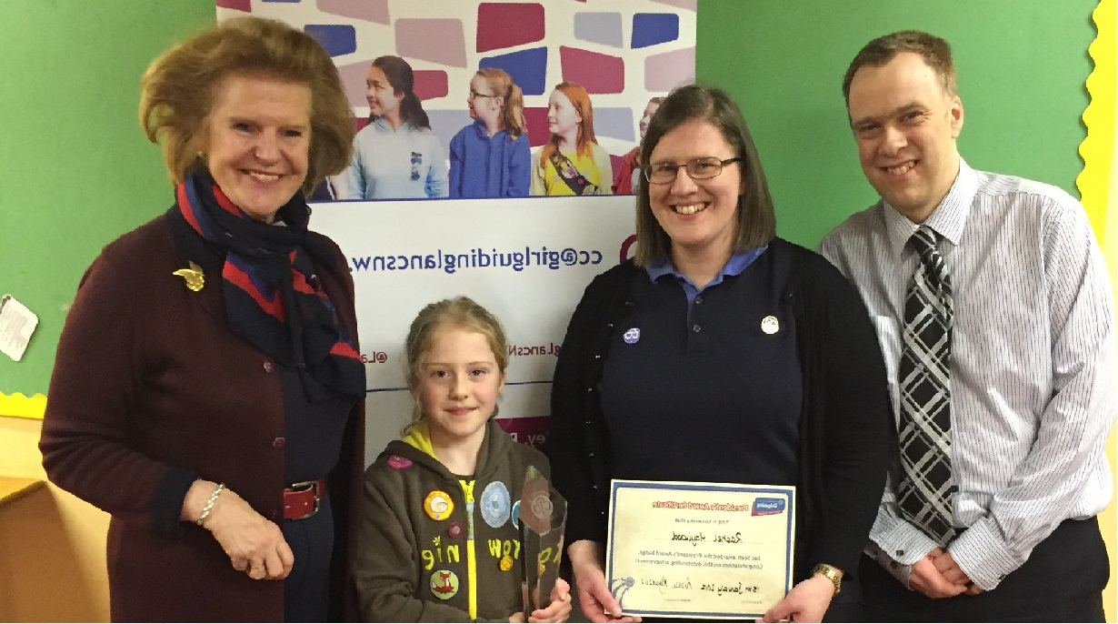 Inspirational Brownie Rewarded for Helping Others